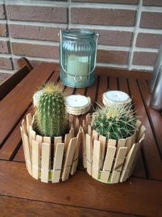 manualidades con niños: maceta hecha con pinzas de madera