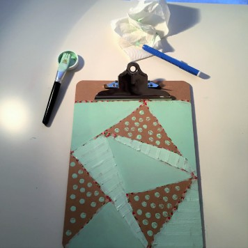 06-clipboard-personalizado-con-chalkpaint-dejamos-secar-la-pintura