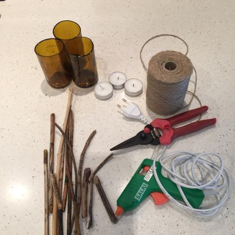21-portavelas-con-botellas-cortadas-material-necesario