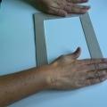 05-marco-otonal-con-palos-con-pegamento-de-barra-pegamos-el-pastartu-y-la-hoja-craft