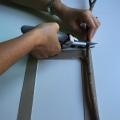 06-marco-otonal-con-palos-con-una-tijera-de-poda-vamos-cortando-los-palos