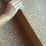 podemos  lijar el borde con una lija para quitar las posibles rebarbas