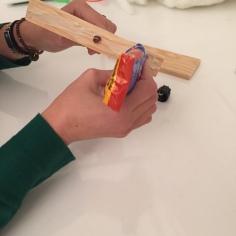 pegamos las dos tablas de madera