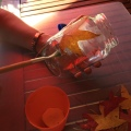 06-portavelas-de-otono-vamos-pegando-las-hojas
