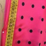 11-disfraz_chica_anos_50_medimos_longitud_falda