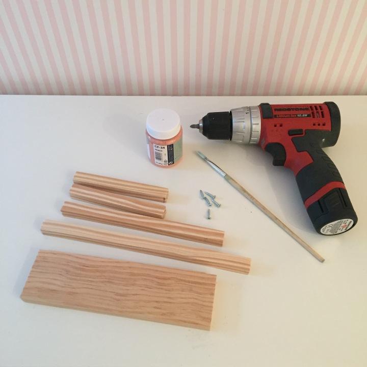 1-joyero_de_pie_de_madera_materiales
