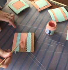 09. posavasos_corchotarros_reciclados _ pintamos_segundo_color