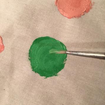 19. DIY_totebag_personalizada_chalkpaint_ topos_colores_retocamos_pincel