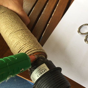10. diy_pie_ lampara_cuerda_remate_final
